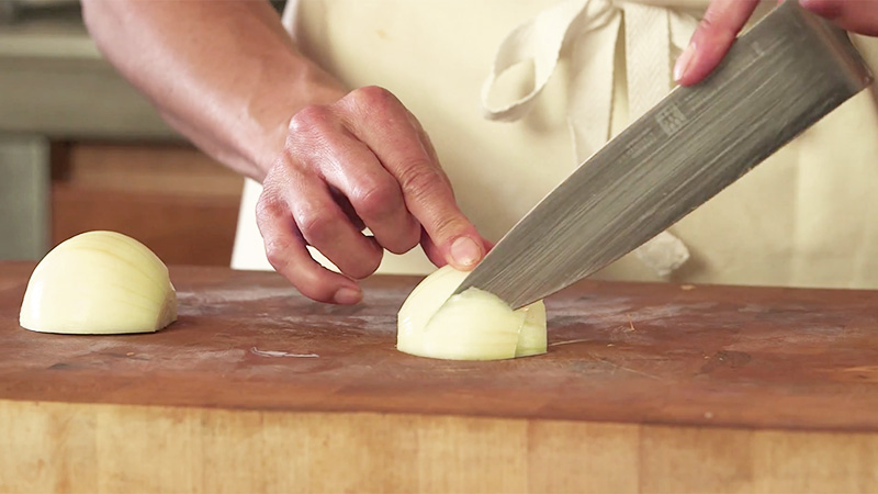 How to chop an Onion